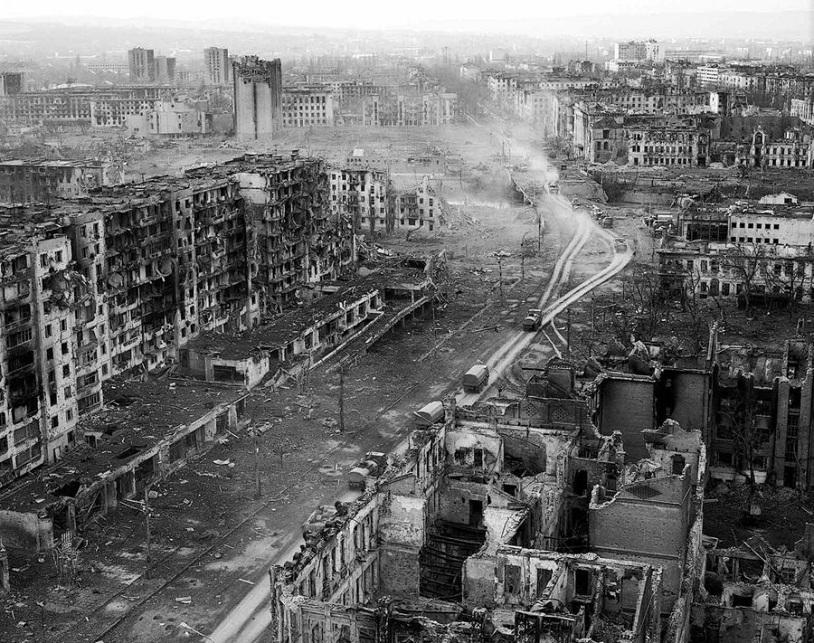 В Голосеевском районе Киева горели склады, пожару был присвоен повышенный ранг, - ГосЧС - Цензор.НЕТ 2639